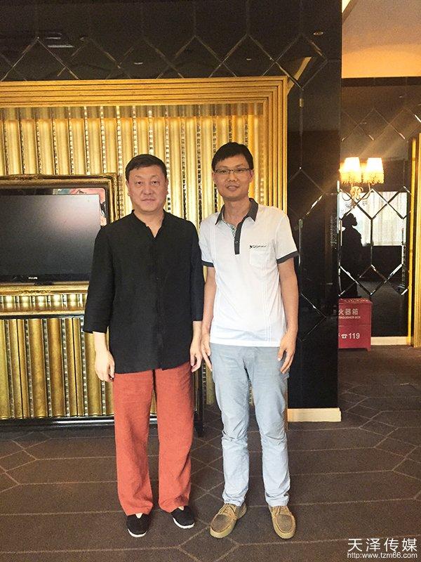 beplay 娱乐游戏传媒董事长与著名歌手韩磊合影