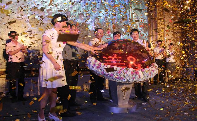 新达美集团&步步高签约仪式暨新闻发布会共同庆祝活动成功