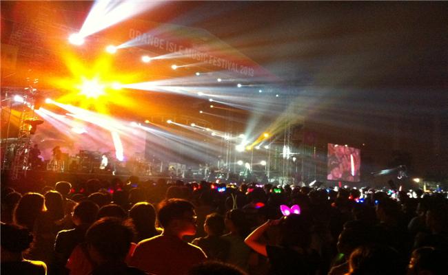 万科2013长沙橘洲(国际)音乐节活动现场热情不可抵挡
