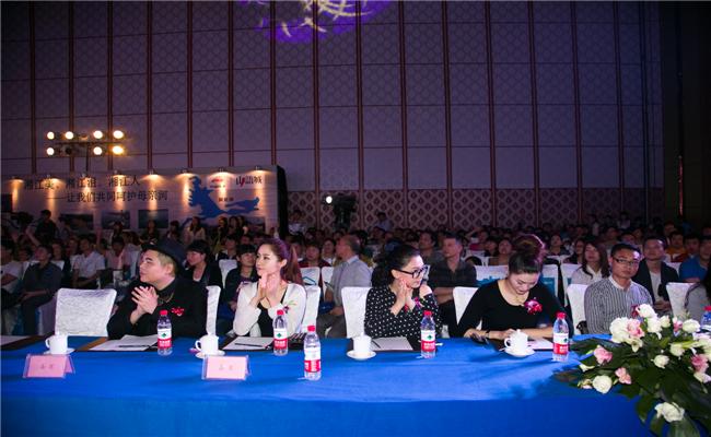 中国铁建山语城三期新品发布会湖南名嘴聚集现场