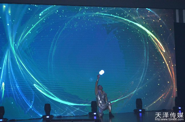 2015宝马少儿才艺大赛现场节目表演